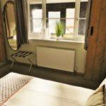 Manhattan Room 5